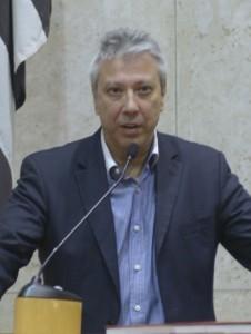 """RELATOR - Para Mario Covas Neto, relatar a comissão foi """"oportunidade indescritível"""" Foto: Gute Garbe-lotto/CMSP"""