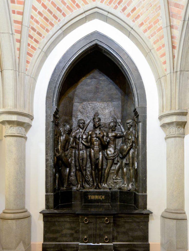 HONRARIA - Pelos serviços prestados a São Paulo, Tibiriçá está enterrado na Catedral da Sé   Foto:Gute Garbelotto/CMSP