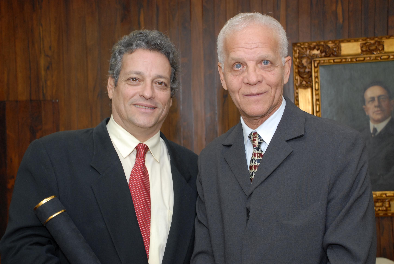 Ademir com João Vicente Goulart, filho do ex-presidente João Goulart, na CMSP - Equipe de Eventos/CMSP