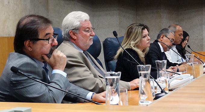 Vereadores acompanham depoimento do Presidente do Sindicato dos Médicos de São Paulo à CPI dos Planos de Saúde. Foto Luiz França / CMSP