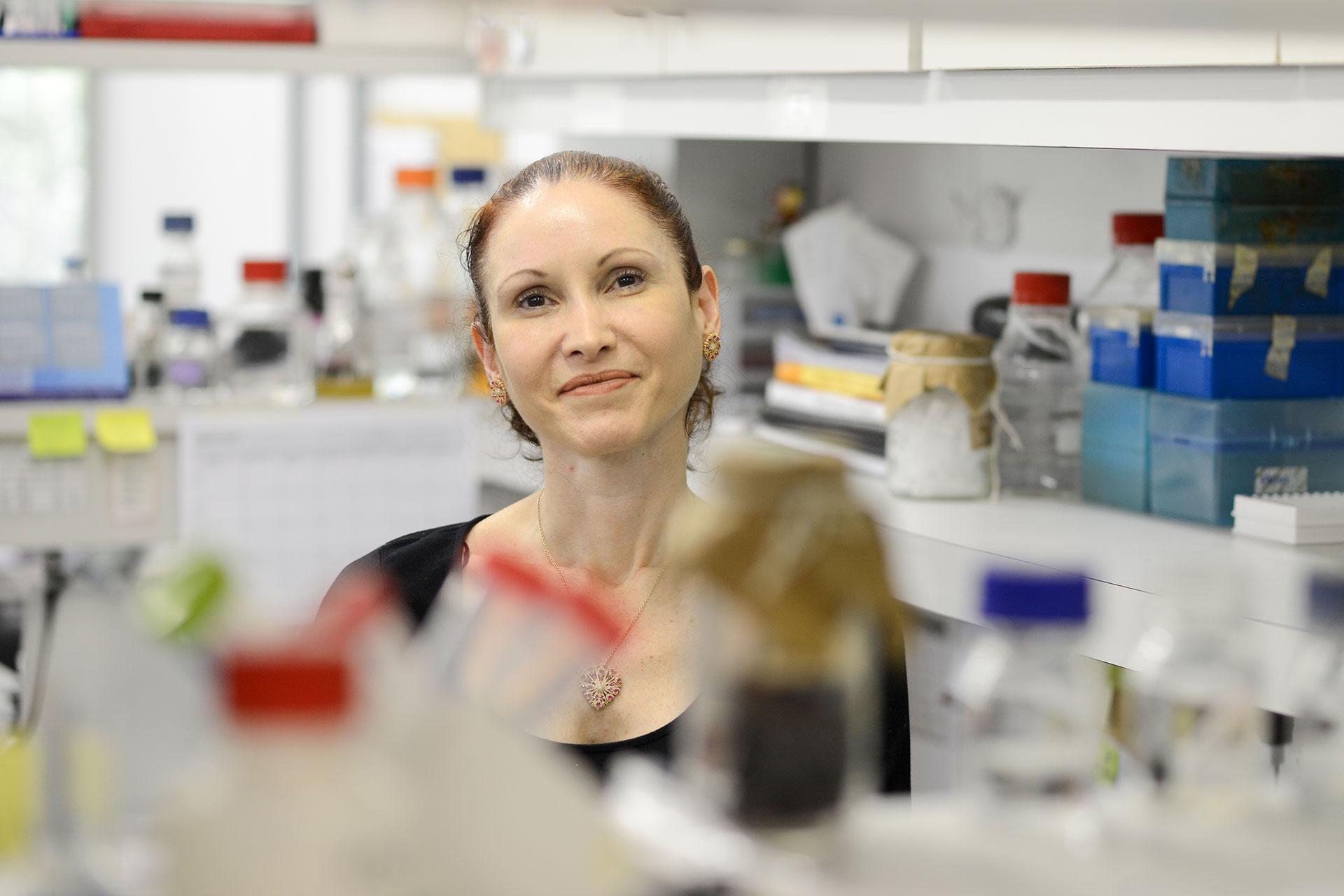 """Para a bióloga Natalia Pasternak, lei que incentiva homeopatia é """"trágica"""""""