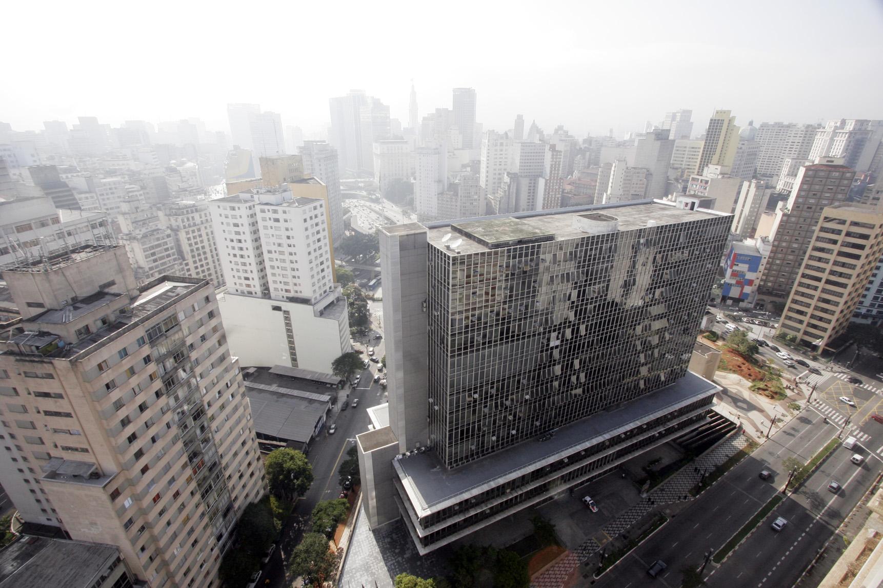 Fachada do prédio da Câmara Municipal vista de cima
