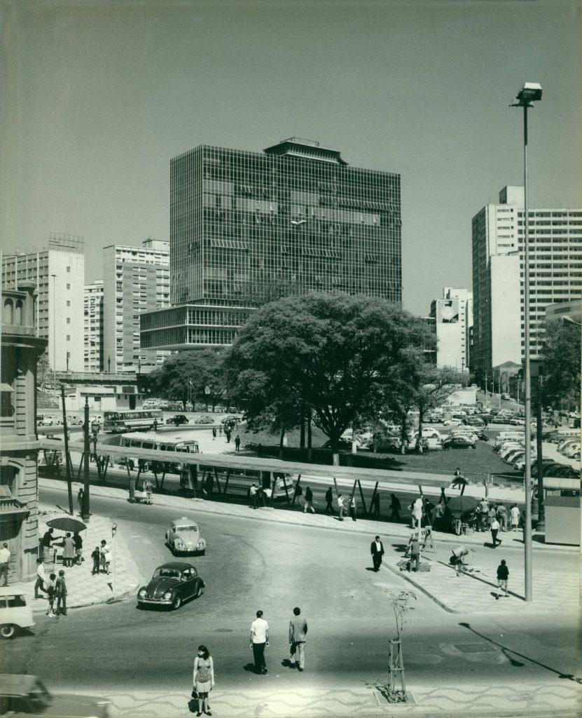 Palácio Anchieta diante da Praça (atual Terminal) Bandeira