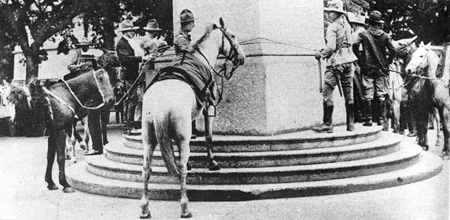 cavalos-obelisco