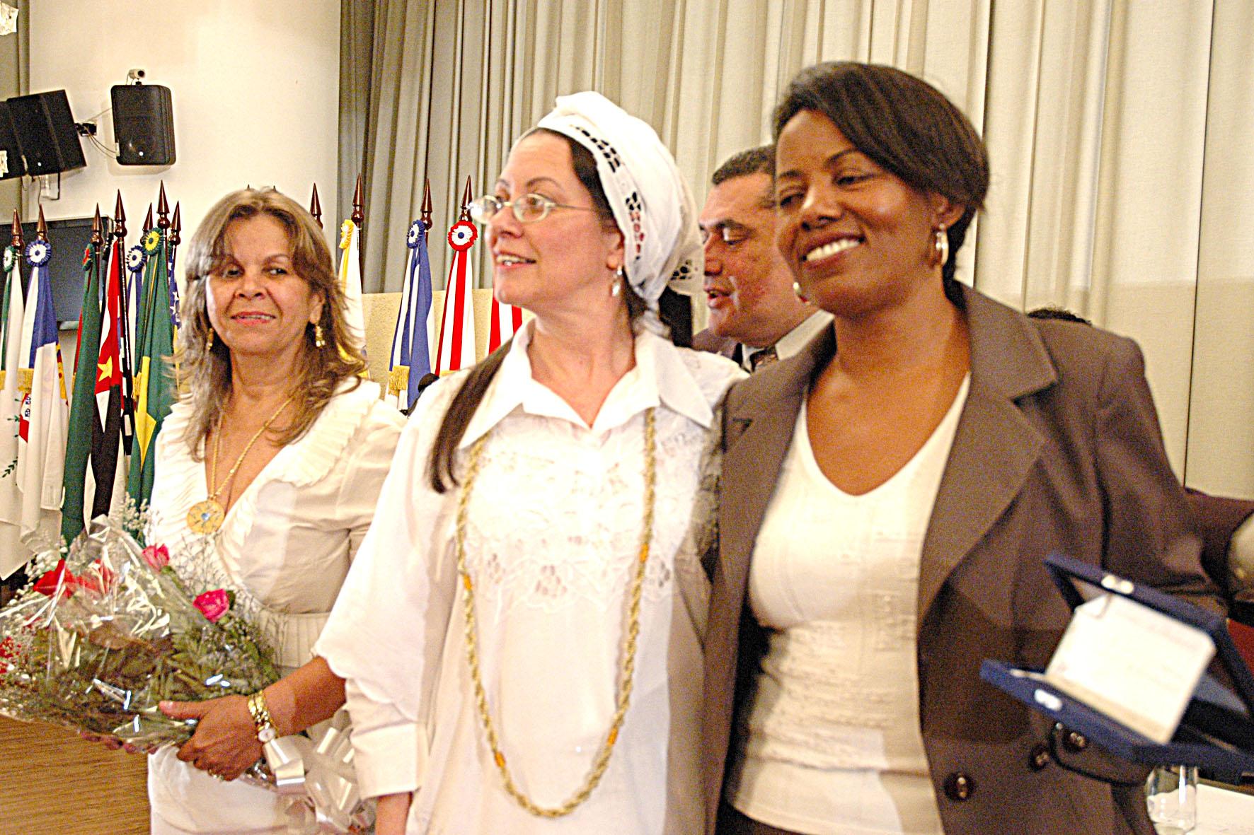 Câmara realiza sessão solene em homenagem ao Dia da Consciência Negra e aos 100 anos de Umbanda