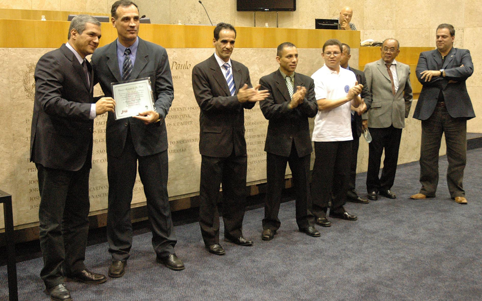 Dia do Kickboxing é comemorado na Câmara Municipal de São Paulo